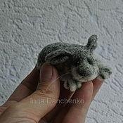 Куклы и игрушки ручной работы. Ярмарка Мастеров - ручная работа Зайчик валяная мини-игрушка. Handmade.