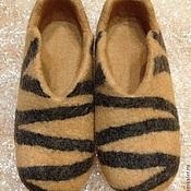 Тапочки ручной работы. Ярмарка Мастеров - ручная работа домашние валяные тапочки из натуральной шерсти Тигриные ножки. Handmade.