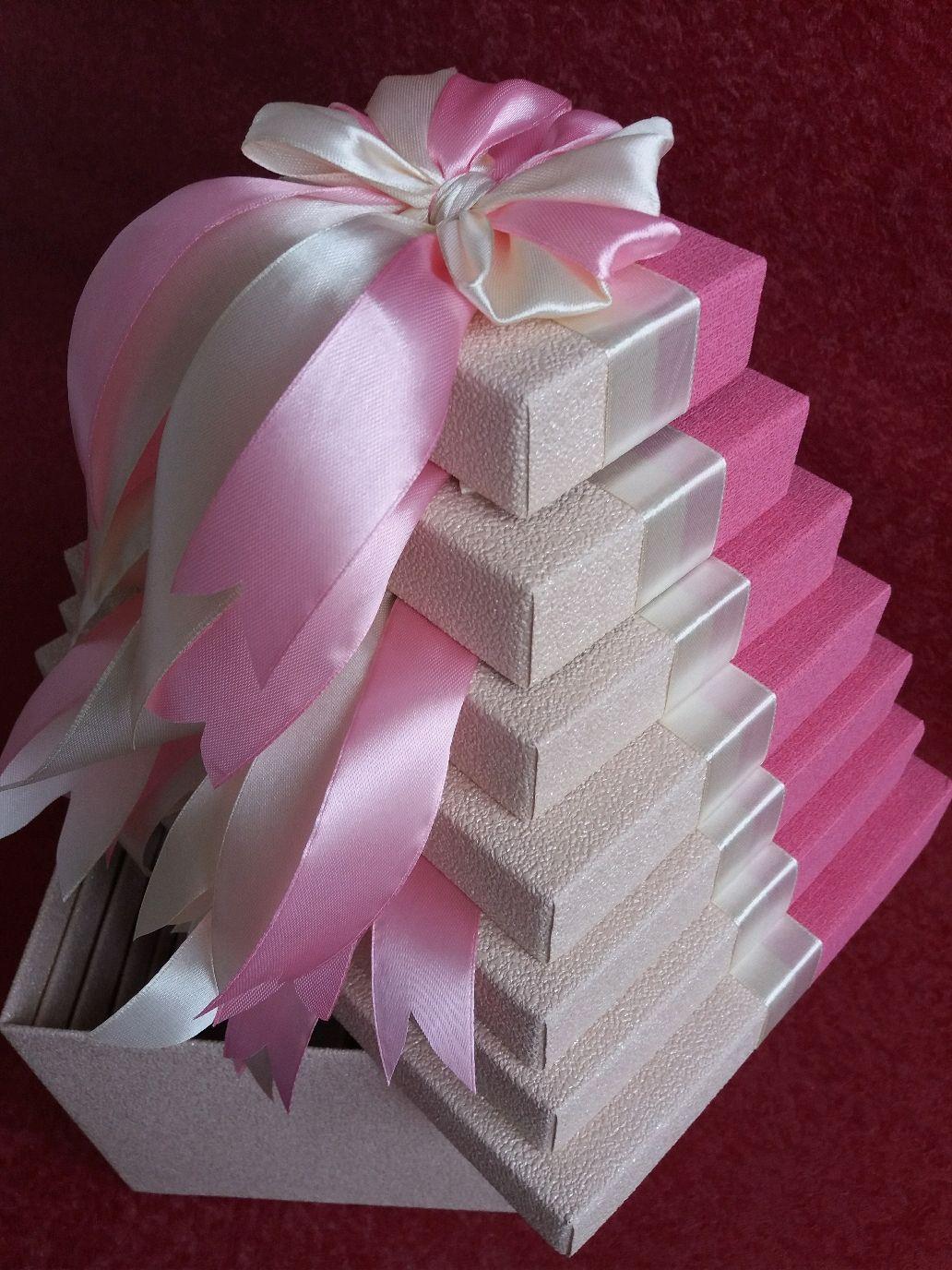 Картинки по запросу подарок в коробке матрешка