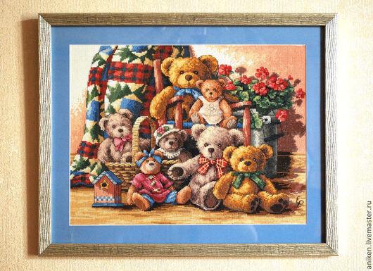 """Животные ручной работы. Ярмарка Мастеров - ручная работа. Купить Вышивка крестом """"  Семья"""". Handmade. Разноцветный, подарок на рождение"""