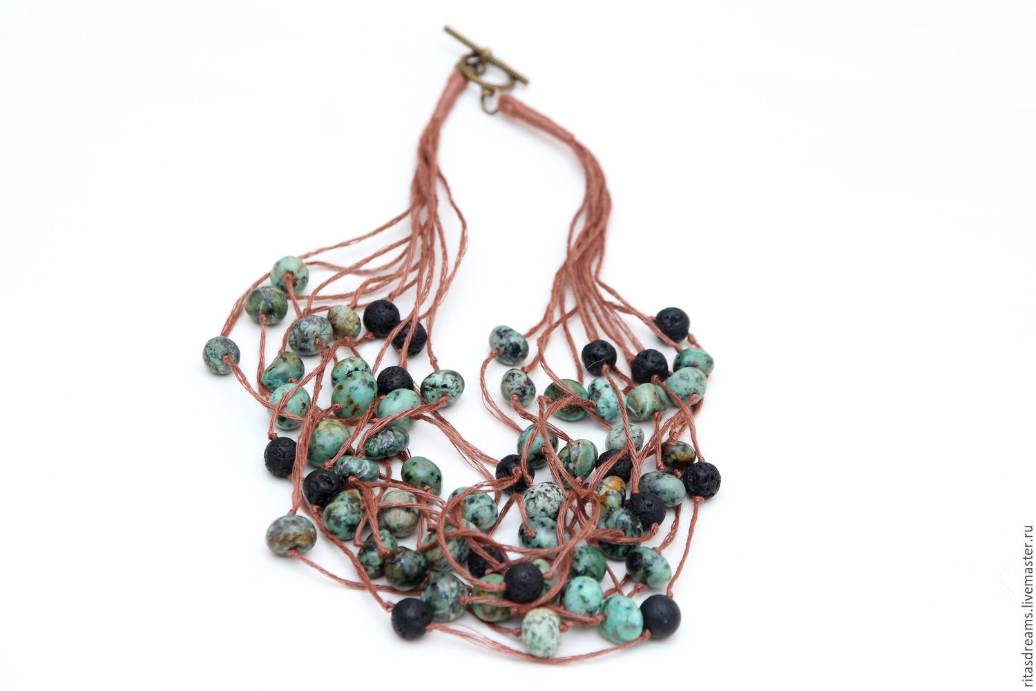 Linen thread the color of cinnamon, coal-black lava and brownish-green Jasper are easy and simple necklace for every day. necklace length 46 cm.