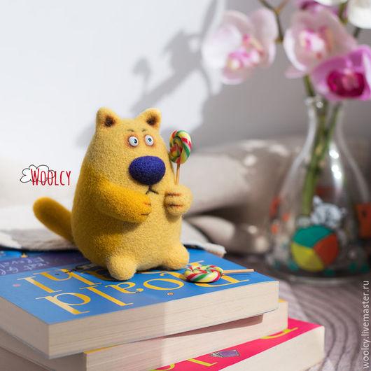 Игрушки животные, ручной работы. Ярмарка Мастеров - ручная работа. Купить Валяный кот Мармелад. Handmade. Желтый, игрушка кот