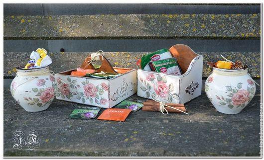 Кухня ручной работы. Ярмарка Мастеров - ручная работа. Купить Шебби-розы. Кухонный комплект. Handmade. Кремовый, кухонный набор