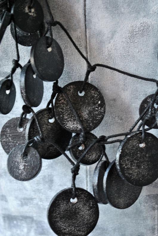 Колье, бусы ручной работы. Ярмарка Мастеров - ручная работа. Купить Бусы деревянные Монисто, цвет черный. Handmade. Черный