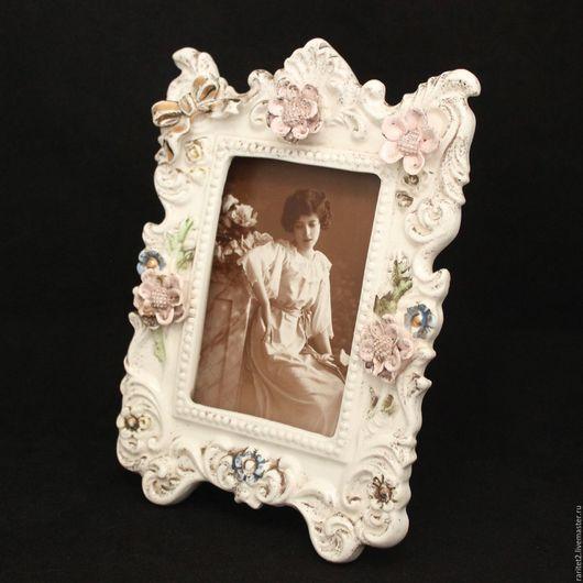 Винтажные предметы интерьера. Ярмарка Мастеров - ручная работа. Купить Рамка для фото зеркало фарфор цветы 16. Handmade. Белый