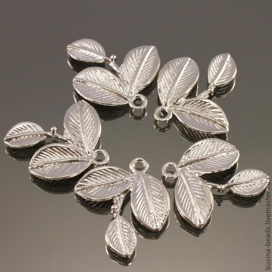 Металлические подвески в форме веточки с тремя листиками из сплава с покрытием светлое серебро комплектом из пяти штук для использования в сборке украшений