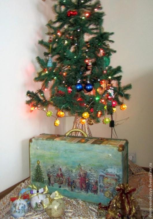 """Корзины, коробы ручной работы. Ярмарка Мастеров - ручная работа. Купить """"Назад в детство"""", чемодан  новогодний для ёлочных игрушек. Handmade."""