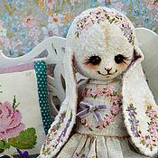 """Куклы и игрушки ручной работы. Ярмарка Мастеров - ручная работа Плюшевая зайка """"Фиалка"""". Handmade."""