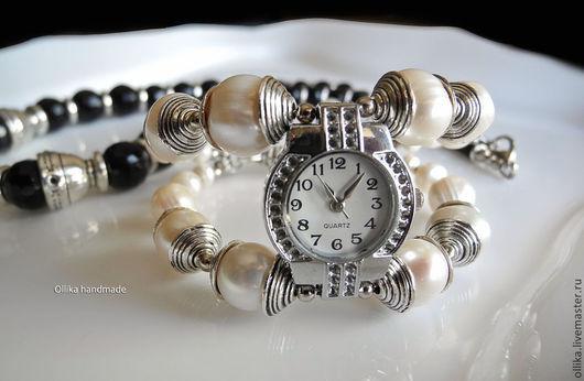 Часы женские на руку Жемчужные, наручные часы, женские часы  браслет-часы, модный браслет, часы наручные женские, белый, жемчужный браслет, браслет с жемчугом, браслет из жемчуга, женский широкий бра