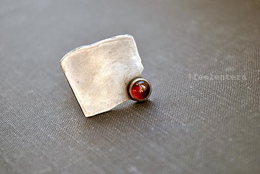 Кольца ручной работы. Ярмарка Мастеров - ручная работа. Купить A toi - серебряное кольцо с гранатом (серебро 925). Handmade.