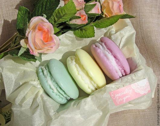Мыло ручной работы. Ярмарка Мастеров - ручная работа. Купить пирожное макарун macarons макароны сувенирное мыло сладости. Handmade.