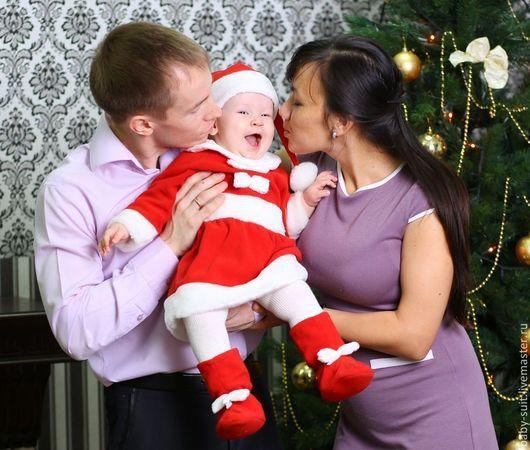 Карнавальный новогодний костюм Помощницы Санты для малышей и детей