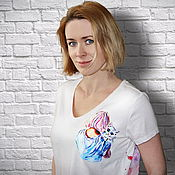 Одежда handmade. Livemaster - original item T-shirt Colorful explosion girl with a cat hand painted. Handmade.