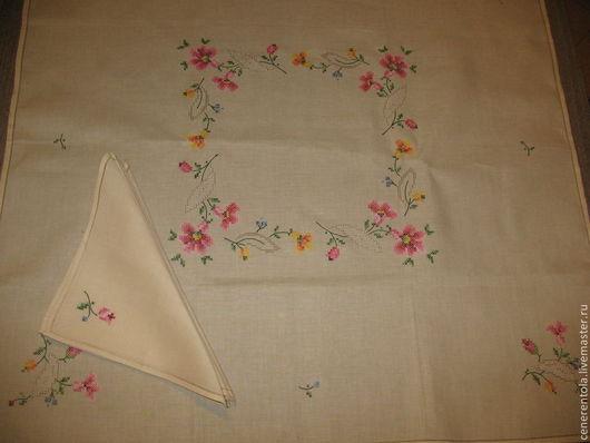 """Винтажные предметы интерьера. Ярмарка Мастеров - ручная работа. Купить винтажная квадратная скатерть с вышивкои """"Цветы"""" и 6 салфеток. Handmade."""