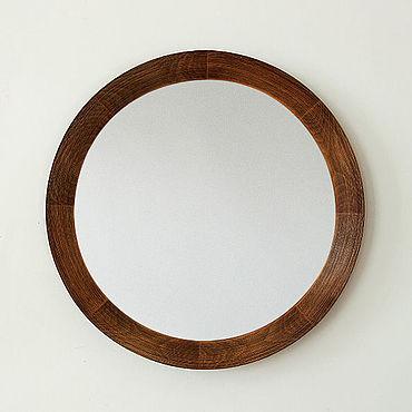 Для дома и интерьера ручной работы. Ярмарка Мастеров - ручная работа Круглое деревянное зеркало Baggins, зеркало в деревянной раме.. Handmade.