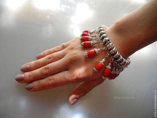 Фото Браслет Коралловый с подвесками, Красный коралл, металл под Серебро, браслет, браслет с камнями, браслет с кораллами, ярко-красный, красное украшение, красный браслет, коралловый браслет, брасле
