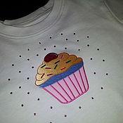 """Работы для детей, ручной работы. Ярмарка Мастеров - ручная работа Детская футболка """"Sweet Cupcake"""". Handmade."""