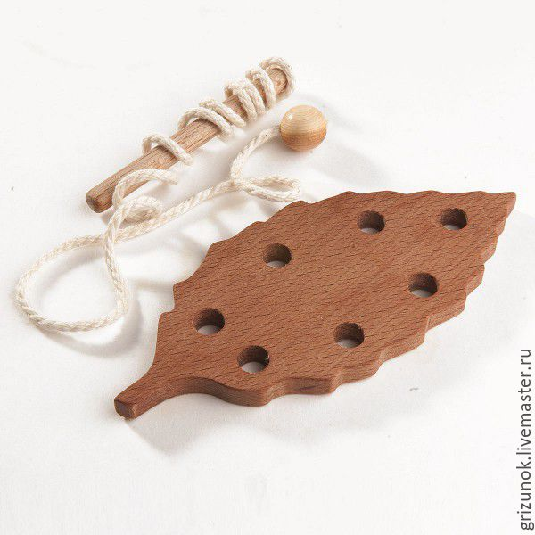 Lace-up wooden Beech leaf, Toys, Moscow, Фото №1