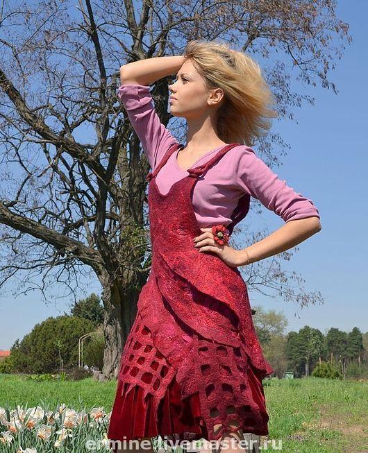 """Платья ручной работы. Ярмарка Мастеров - ручная работа. Купить валяный сарафан """"Малинка"""". Handmade. Сарафан, бордо, волокна шёлка"""