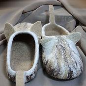 """Обувь ручной работы handmade. Livemaster - original item Валяные тапочки """"Кабанчики"""". Handmade."""