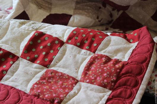 """Пледы и одеяла ручной работы. Ярмарка Мастеров - ручная работа. Купить Одеяло детское """"Винтаж"""". Handmade. Ярко-красный, для украшений"""