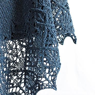 Аксессуары ручной работы. Ярмарка Мастеров - ручная работа Темно-синяя твидовая шаль. Handmade.