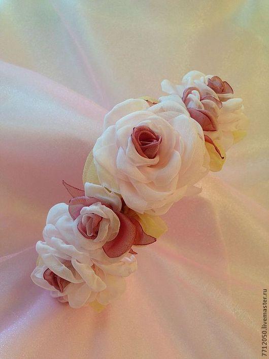ободок для волос нежные розы бледно-розовый обруч для волос ободок с цветами обруч с розами розовый лимонный для девушки подарок выпускной лето украшение для волос бледные розы необычный ободок необыч