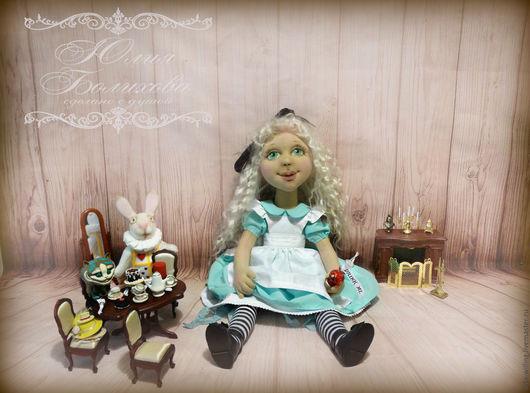 Коллекционные куклы ручной работы. Ярмарка Мастеров - ручная работа. Купить Кукла текстильная  коллекционная Алиса в стране чудес. Handmade.
