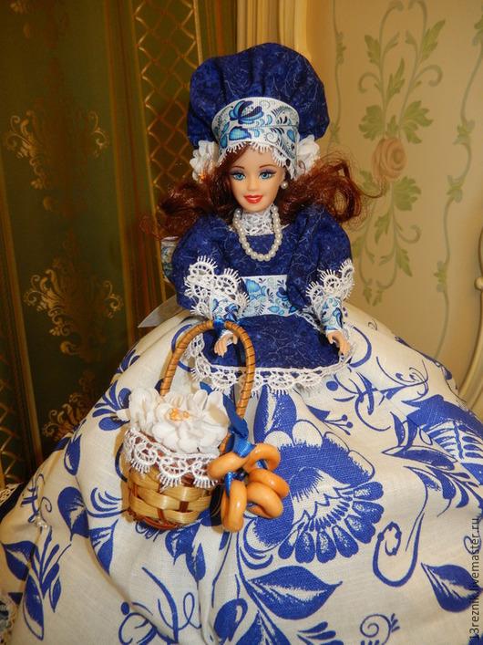 Кухня ручной работы. Ярмарка Мастеров - ручная работа. Купить Кукла на чайник.. Handmade. Синий, грелка, гжель, подарок женщине
