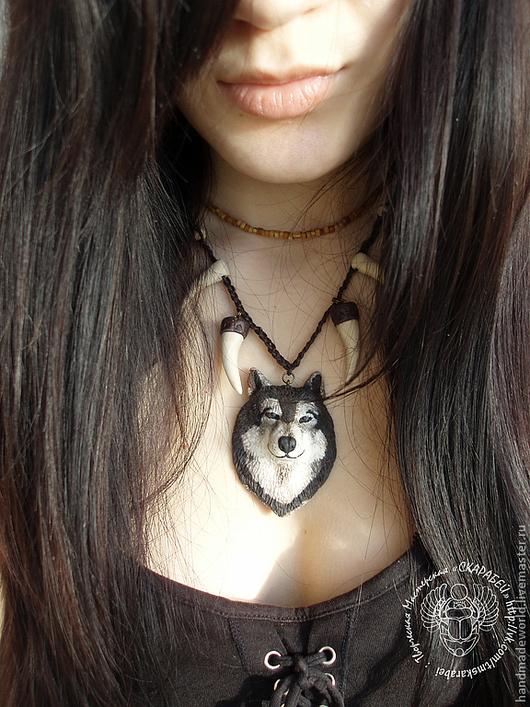 Кулоны, подвески ручной работы. Ярмарка Мастеров - ручная работа. Купить Кулон Волк с клыками. Handmade. Волк, подарок подруге