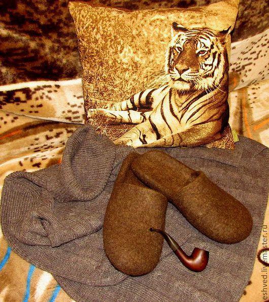 """Обувь ручной работы. Ярмарка Мастеров - ручная работа. Купить Мужские тапочки """"Приручённый Йети"""" :-). Handmade. Коричневый"""