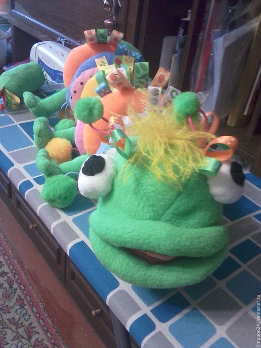Развивающие игрушки ручной работы. Ярмарка Мастеров - ручная работа. Купить Развивающая игрушка Голодная гусеница. Handmade. Развивающая игрушка