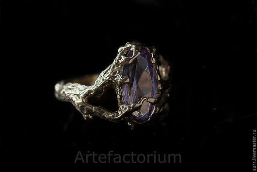 Кольца ручной работы. Ярмарка Мастеров - ручная работа. Купить Золотое кольцо  с александритом. Handmade. Сиреневый, фактура, золотое кольцо