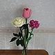 Цветы в вазу, вязанные тонким крючком из тонких хлопковых ниток. Тюльпан, гвоздика, роза.  Гармонично сочетаются друг с другом, не требуют воды, не вянут.