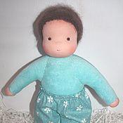 Куклы и игрушки ручной работы. Ярмарка Мастеров - ручная работа Куколка-мальчик в пришивном комбинезоне небесная 32 см. Handmade.