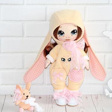 Куклы и игрушки ручной работы. Ярмарка Мастеров - ручная работа Куклы: Текстильная кукла Танюшка. Handmade.