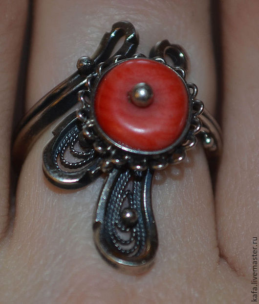 Кольца ручной работы. Ярмарка Мастеров - ручная работа. Купить кольцо с кораллом серебряное. Handmade. Коралловый, серебро