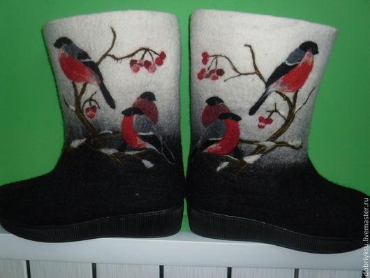 """Обувь ручной работы. Ярмарка Мастеров - ручная работа. Купить Валенки """"Снегири"""". Handmade. Чёрно-белый, валенки с рисунком, зима"""