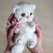 Куклы и игрушки ручной работы. Ярмарка Мастеров - ручная работа Кошечка Миа авторская игрушка тедди. Handmade.