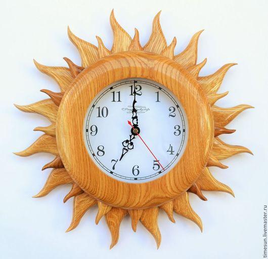 """Часы для дома ручной работы. Ярмарка Мастеров - ручная работа. Купить Часы настенные Дуб светлый """"Солнце"""". Handmade. Золотой"""
