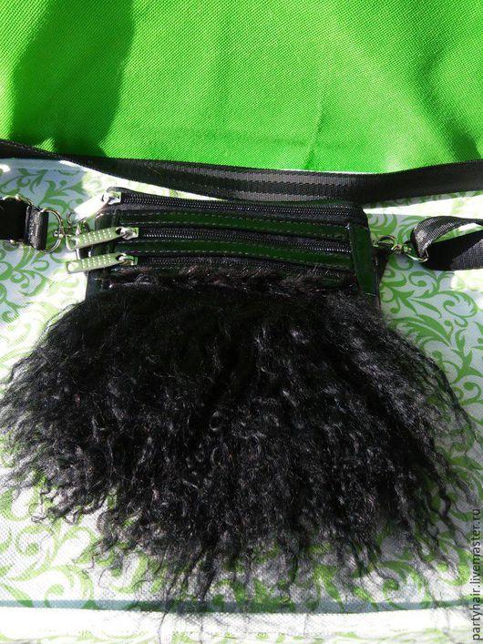 По мере носки сумку возможно переделать в летнюю: http://www.livemaster.ru/item/15412195-sumki-aksessuary-cumki-letnyaya-restavratsiya