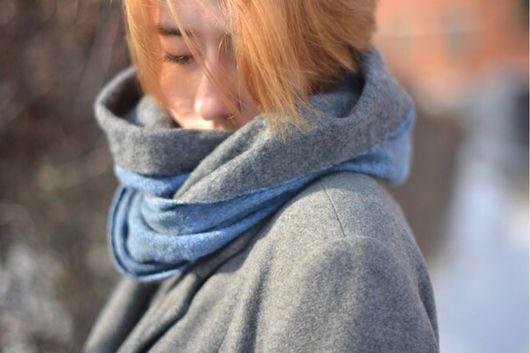 Шарфы и шарфики ручной работы. Ярмарка Мастеров - ручная работа. Купить Шарф снуд, шарф-труба синий джинс и серый весенний. Handmade.