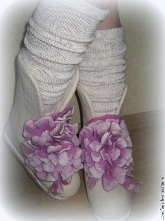 Обувь ручной работы. Ярмарка Мастеров - ручная работа. Купить Валенки.. Handmade. Белый, валенки для улицы, валенки на подошве