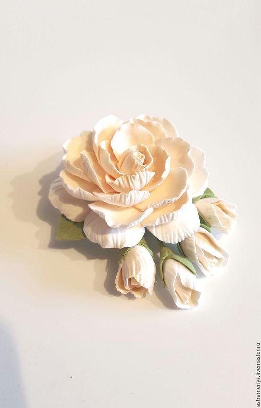 Броши ручной работы. Ярмарка Мастеров - ручная работа. Купить Брошь с цветком из полимерной глины цвет Айвори. Handmade. Бежевый