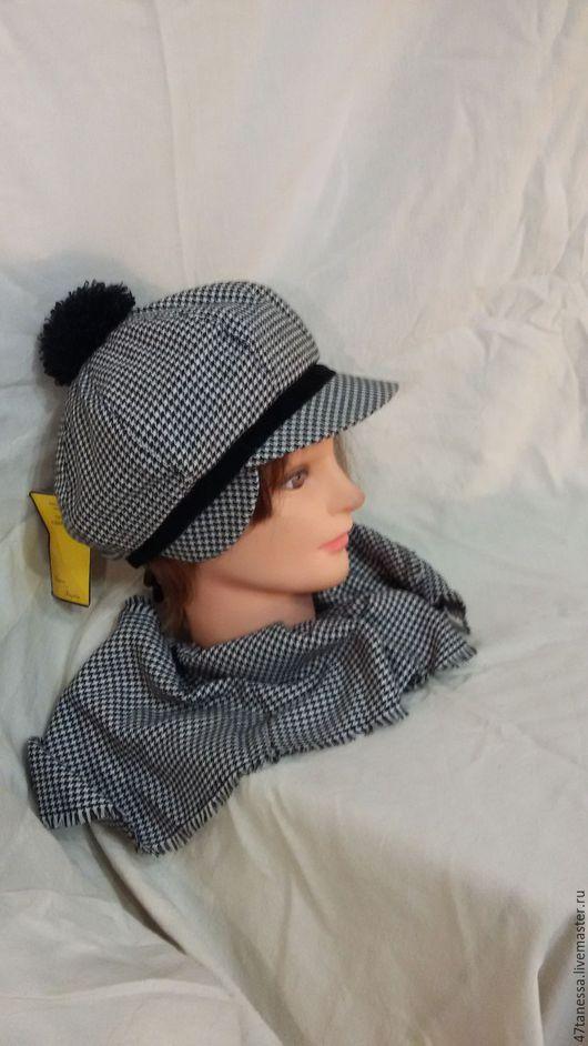 """Кепки ручной работы. Ярмарка Мастеров - ручная работа. Купить Комплект """"гусиная лапка""""  кепка с шарфом. Handmade. Чёрно-белый"""