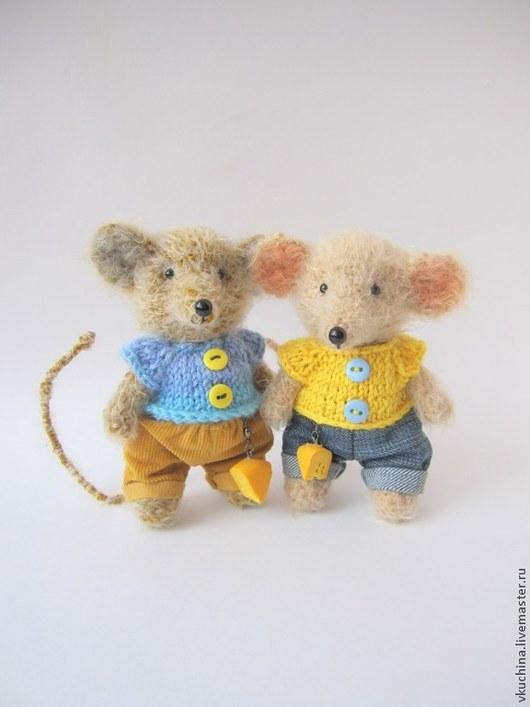 коричневый мышка мышь мышонок мышата мышки мыши вязаные игрушки вязаные мышки мышонок авторская мышь мышка игрушка подарок интерьерная игрушка авторская игрушка