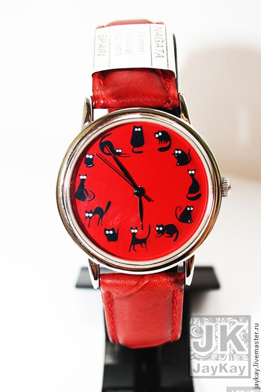 """Часы ручной работы. Ярмарка Мастеров - ручная работа. Купить Часы наручные JK """"12 котиков"""" красные. Handmade. подарок"""
