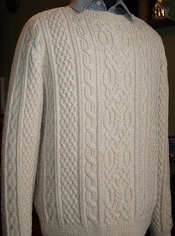 Вязание мужского свитера с аранами спицами 750