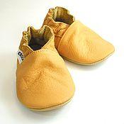 Работы для детей, handmade. Livemaster - original item Baby shoes//Crib baby shoes//Walker Baby Shoes//Yellow Baby Shoes. Handmade.