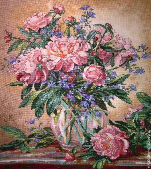 """Картины цветов ручной работы. Ярмарка Мастеров - ручная работа. Купить Вышитая картина  """"Пионы и колокольчики"""". Handmade. Розовый"""